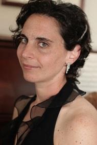 Naomi Senzer